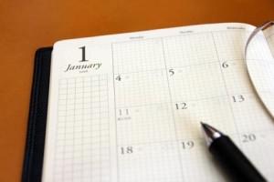 婚活の目標設定を手帳に書く