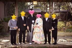 和装の結婚式家族写真