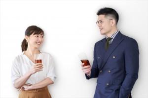 婚活イベントに参加する男女